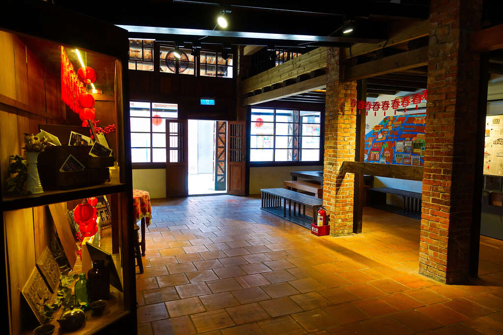 Heritage and Culture Education Center of Taipei ( Bo Pi Liao History Distric )
