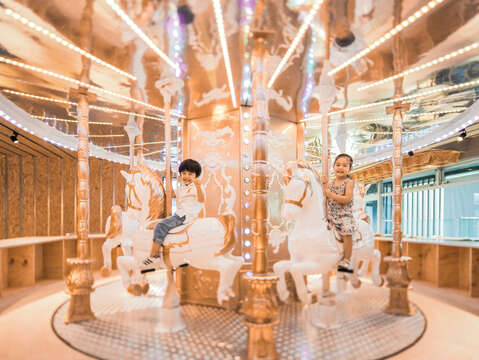 With a glittering interior, multiple amusement facilities and delicious foods, Money Jump will definitely leave its customers mesmerized. (Photo/Money Jump Fun & Restaurant)